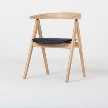 Scaun din lemn masiv de stejar şi pernă gri închis Gazzda Ava bonami.ro